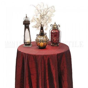 Pintuck Taffeta Damask Tablecloths